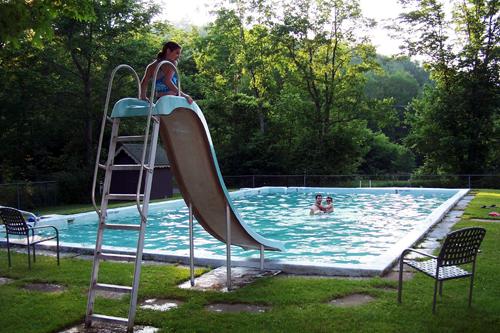 LỰA CHỌN CẦU TRƯỢT HỒ BƠI, xây dựng hồ bơi, thiết kế kế hồ bơi, thiết bị hồ bơi, máy lọc hồ bơi, thiết kế spa, xây dựng spa, máy thiết bị spa, bán thiết bị hồ bơi, bán thiết bị spa