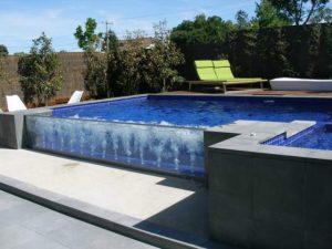 NHỮNG NÉT ĐỘC ĐÁO VỚI HỒ BƠI KÍNH, xây dựng hồ bơi, thiết bị hồ bơi, máy lọc hồ bơi, vệ sinh hồ bơi, cải tạo hồ bơi, xây dựng bể bơi, thiết kế bể bơi, máy lọc bể bơi, máy thiết bị lọc hồ bơi