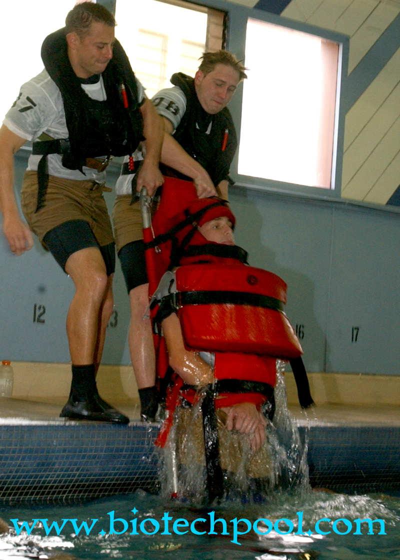 BĂNG CA CỨU HỘ 01, máy lọc hồ bơi, thiết bị hồ bơi, bán băng ca cứu hộ giá rẻ, cần mua băng ca cứu hộ giá tốt, băng ca cứu hộ giá tốt nhất